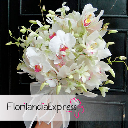imagen de Bouquet novia ramos de boda - Eventos Florilandia Express floristerias en Bogotá