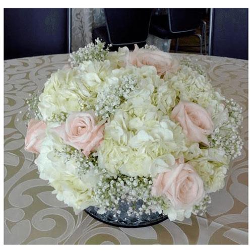 Imagen de Centros de mesa con flores cumple floristería Florilandia Express