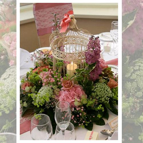Imagen de Centros de mesa con flores flor floristería florilandia express