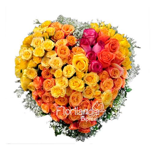 Imagen de Corazón de flores de colores - Domicilios de rosas en Bogotá - Floristerías Florilandia Express