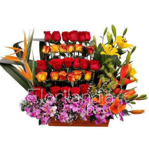 Imagen de Arreglo de Rosas y orquídeas Galeno a domicilio en Colombia - Floristería Florilandia Express Bogotá