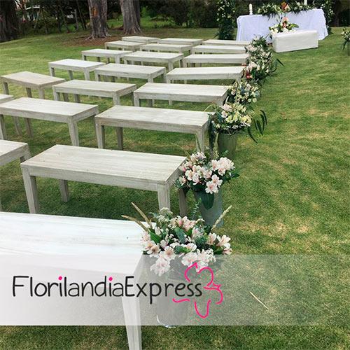 Imagen de Arreglos florales para iglesias Eventos Florilandia Express Floristería Bogotá