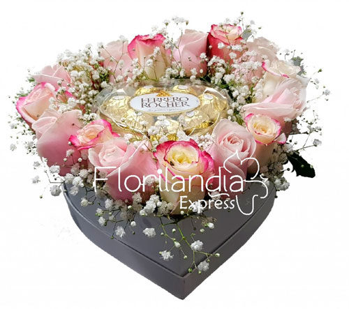 Caja Corazon De Rosas Y Chocolates