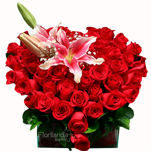 Imagen Corazón de rosas a domicilio en Colombia - Floristería en Bogotá Florilandia Express