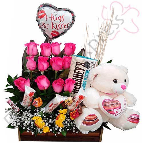 Imagen cumpleaños arreglo a domicilio kiss florilandia express