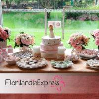 Imagen de Mesa de postres para fiesta y eventos Florilandia Express Floristerías Bogotá