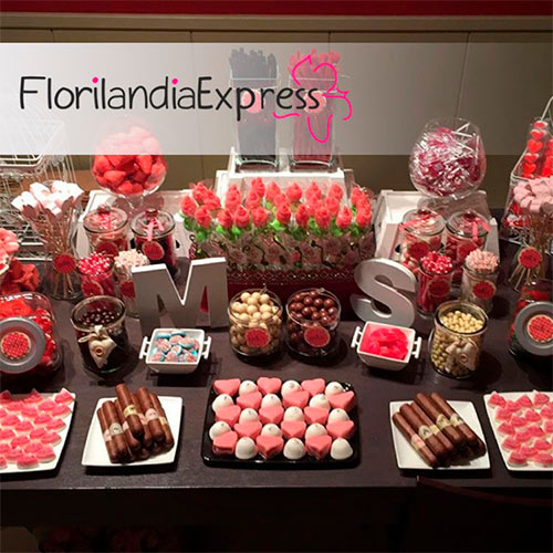 Imagen de Mesas de postres para eventos Florilandia express floristerías Bogotá