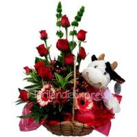 Imagen regalos de aniversario - Canasta de Rosas Sofía - flores a domicilio florilandia express