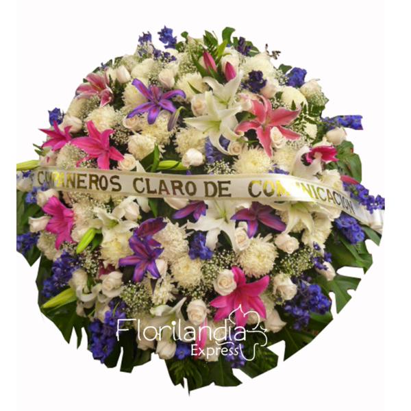Imagen de Corona fúnebre chamuel - Arreglos florales a domicilio - Florilandia express colombia
